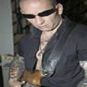 Profile photo of aron-lyrd